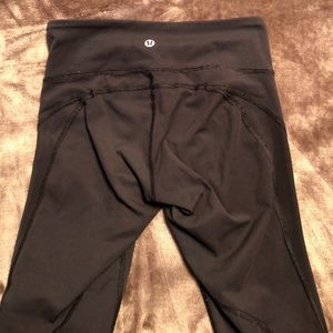 ▪️LULULEMON BLACK LEGGINGS▪️ size 2